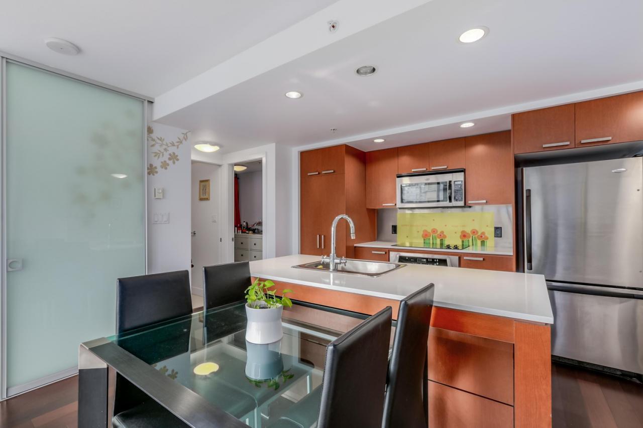 The Elan - 908-1255 Seymour - Kitchen at 908 - 1255 Seymour Street,