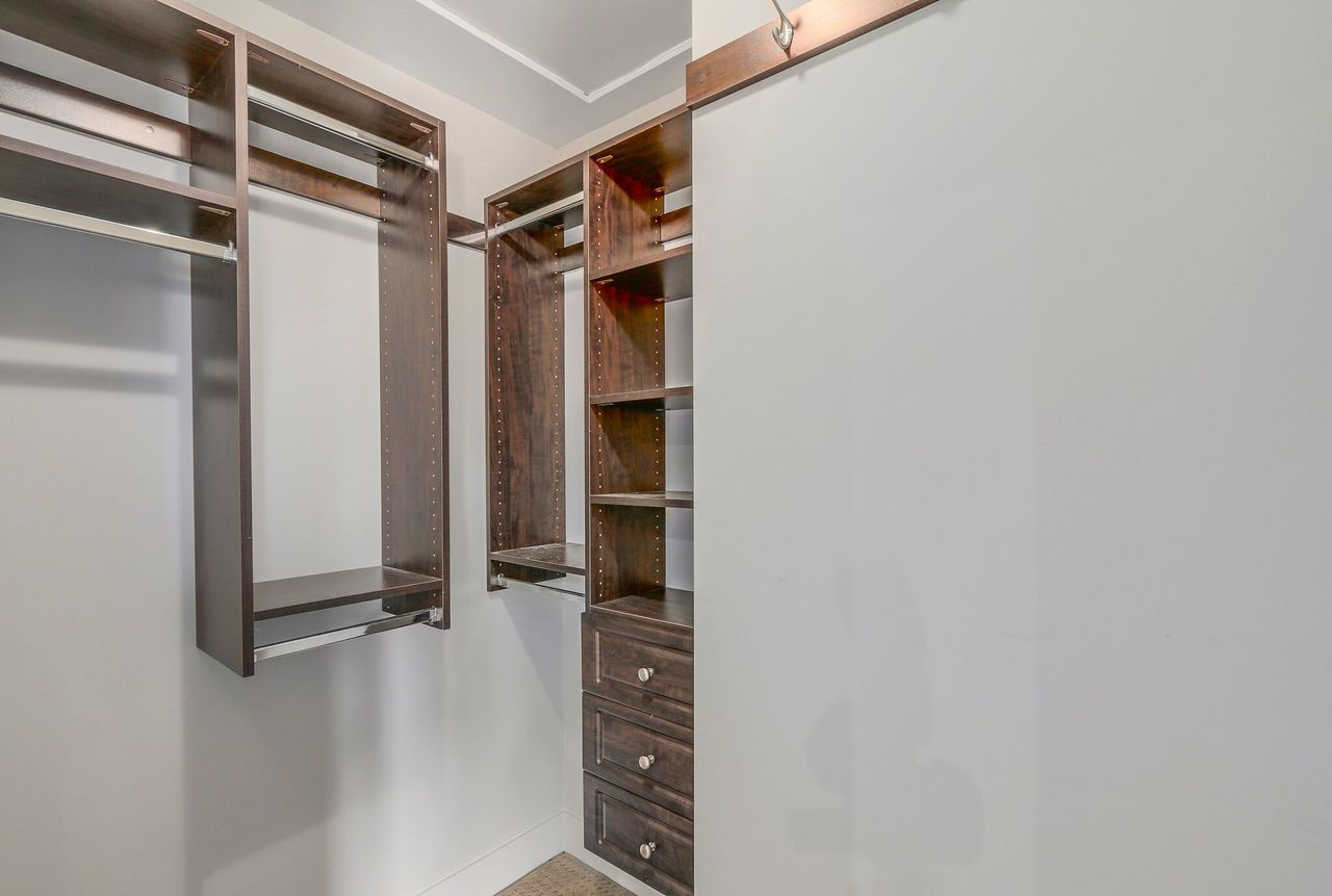 13125 108 Ave - Walk in closet at 13125 108 Avenue, Whalley, North Surrey