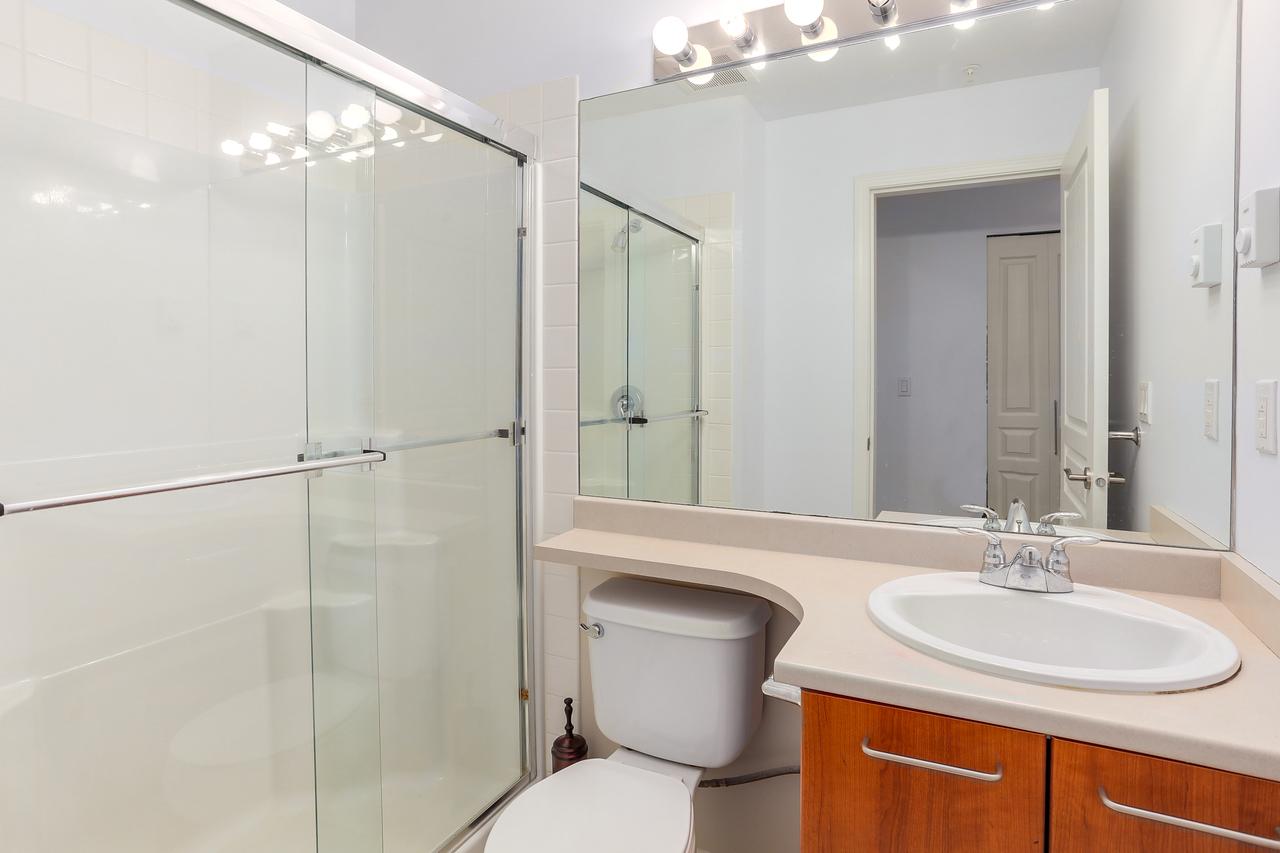 409-9200 Ferndale Road - Bathroom at 409 - 9200 Ferndale Road, McLennan North, Richmond