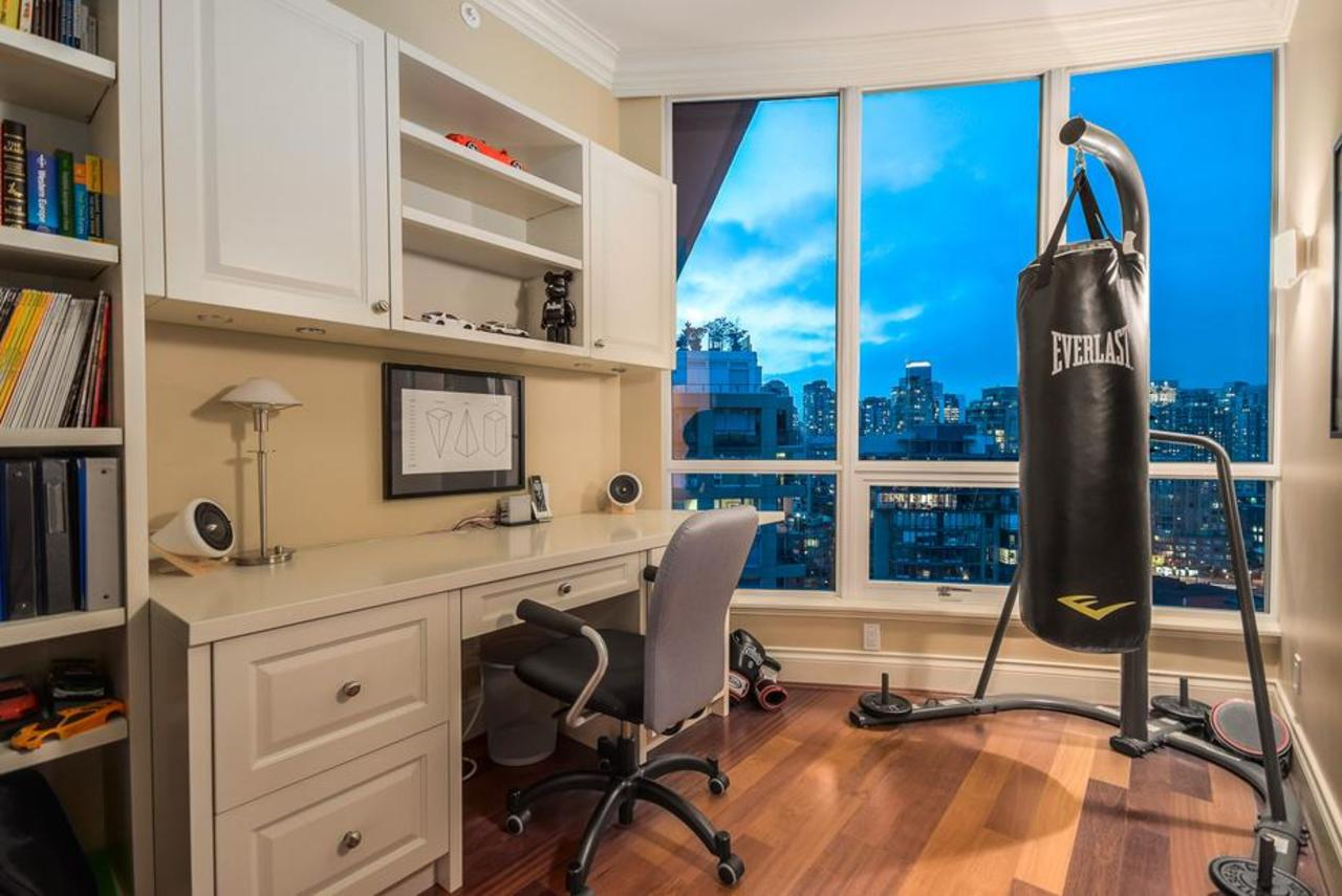 Office at 2101 - 1328 Marinaside Crescent, Yaletown, Vancouver West