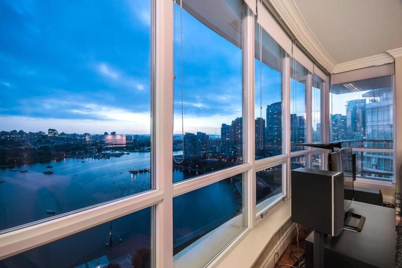 at 2101 - 1328 Marinaside Crescent, Yaletown, Vancouver West