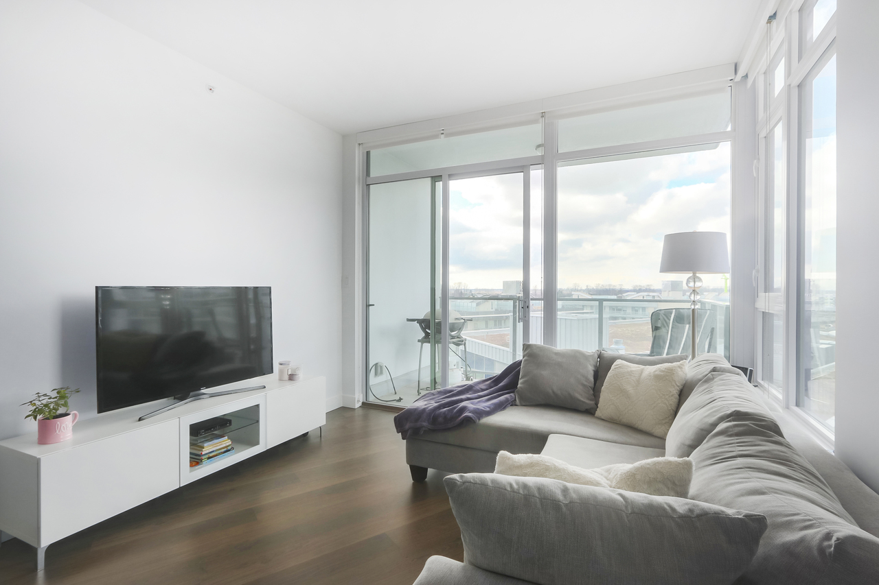 802-3557 Sawmill Crescent - Living Room at 802 - 3557 Sawmill Crescent, Champlain Heights, Vancouver East
