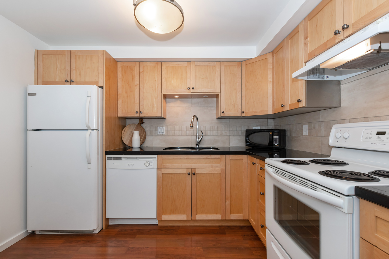 13-888 W. 16th Avenue - Kitchen at 13 - 888 W. 16th Avenue, Fairview VW, Vancouver West