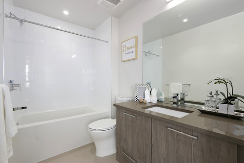 1505-8570 Rivergrass Drive, Vancouver - Bathroom at 1505 - 8570 Rivergrass Drive, South Marine, Vancouver East