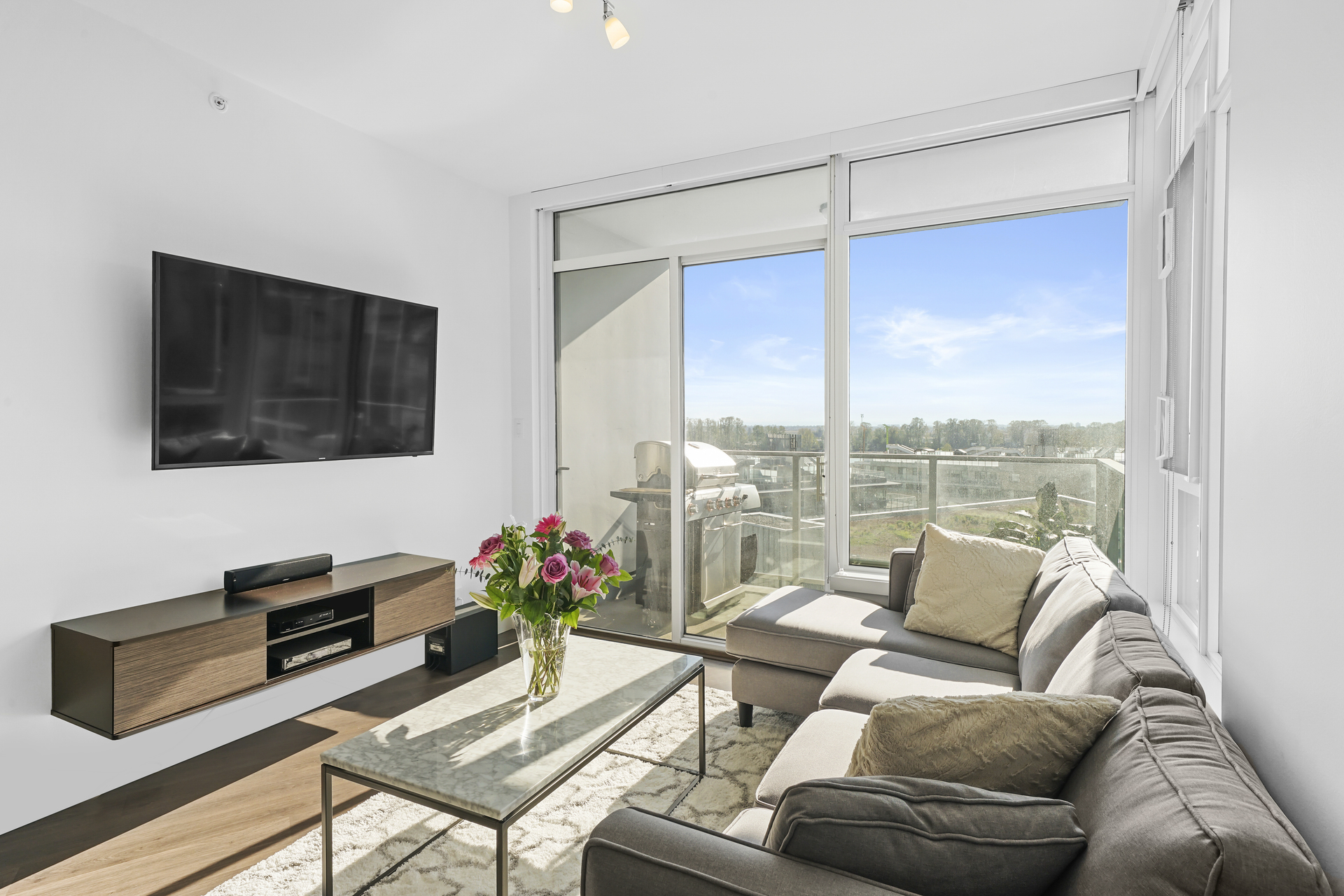 903 - 3557 Sawmill Crescent, South Marine, Vancouver East