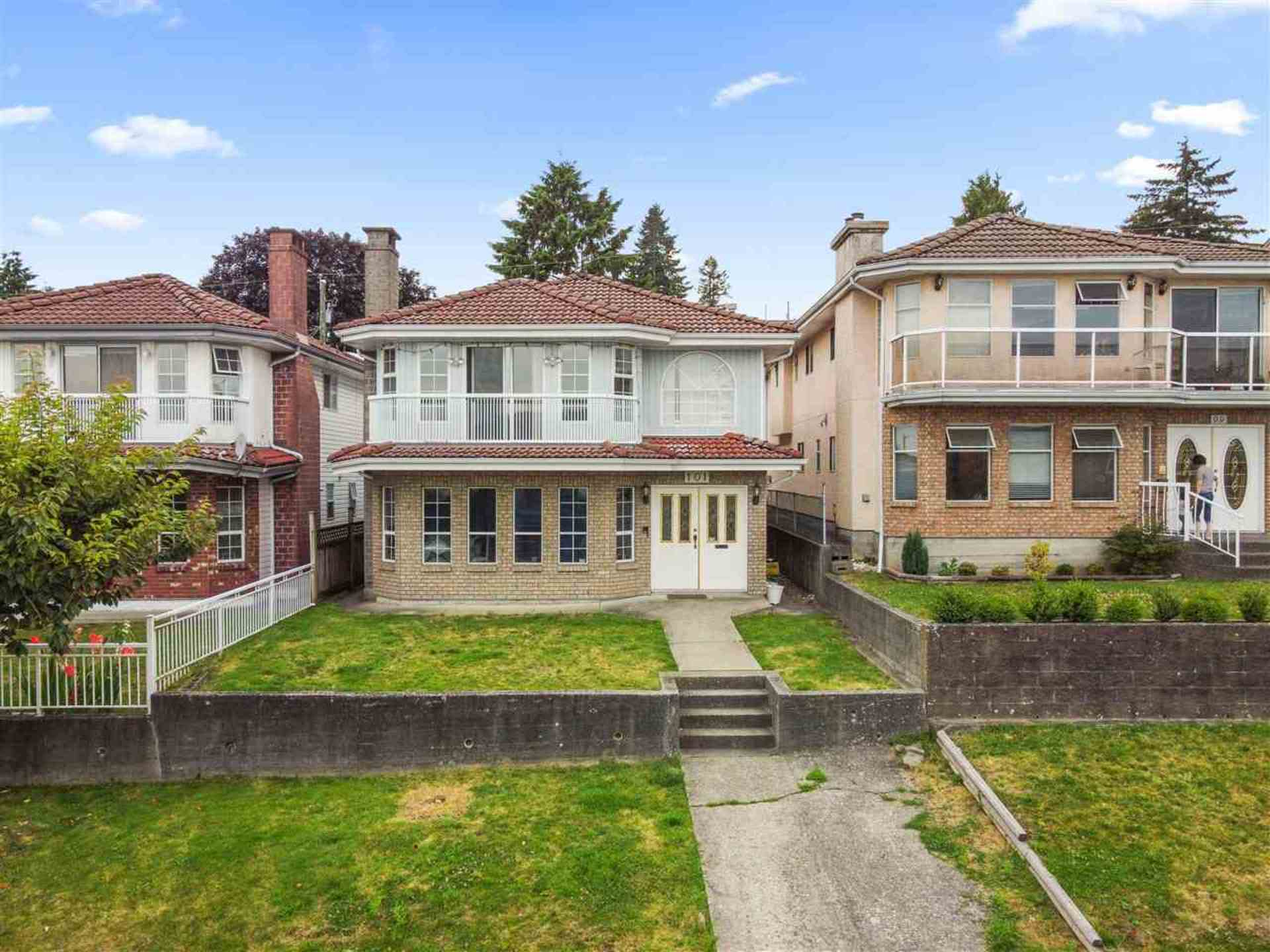 101 Sea Avenue, Capitol Hill BN, Burnaby North photo number