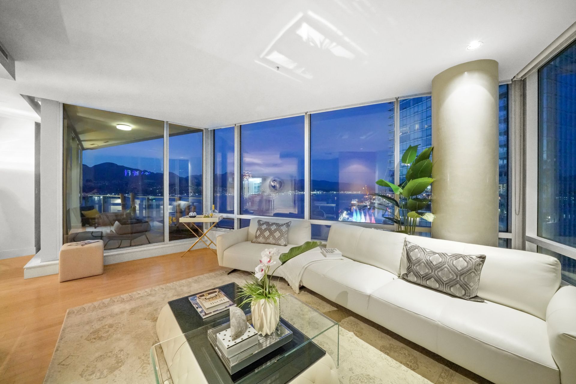 2404 - 1077 W Cordova Street, Coal Harbour, Vancouver West photo number