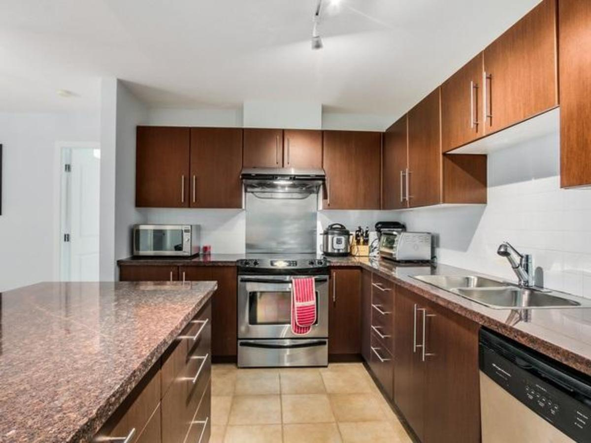 506-2138 Madison - Kitchen at 506 - 2138 Madison Avenue, Brentwood Park, Burnaby North