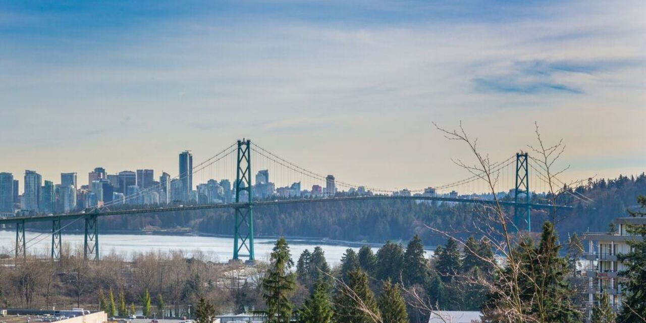 945 Keith Road - West Vancouver- Gorgeous view to downtown at 945 Keith Road, Sentinel Hill, West Vancouver