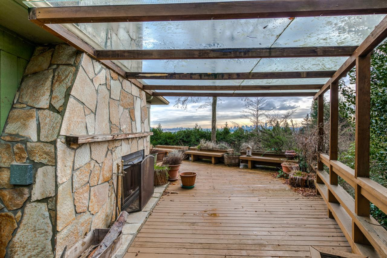 945 Keith Road - West Vancouver- Patio at 945 Keith Road, Sentinel Hill, West Vancouver