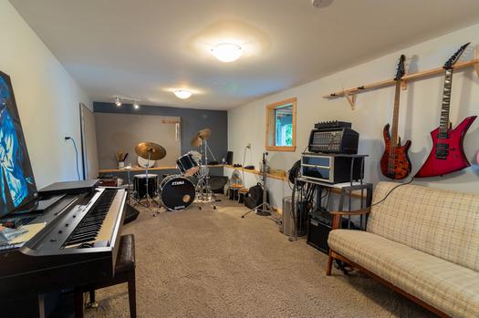 6194-s-gale-ave-music-room-6-edit at 6194 S Gale Avenue, Sechelt District, Sunshine Coast