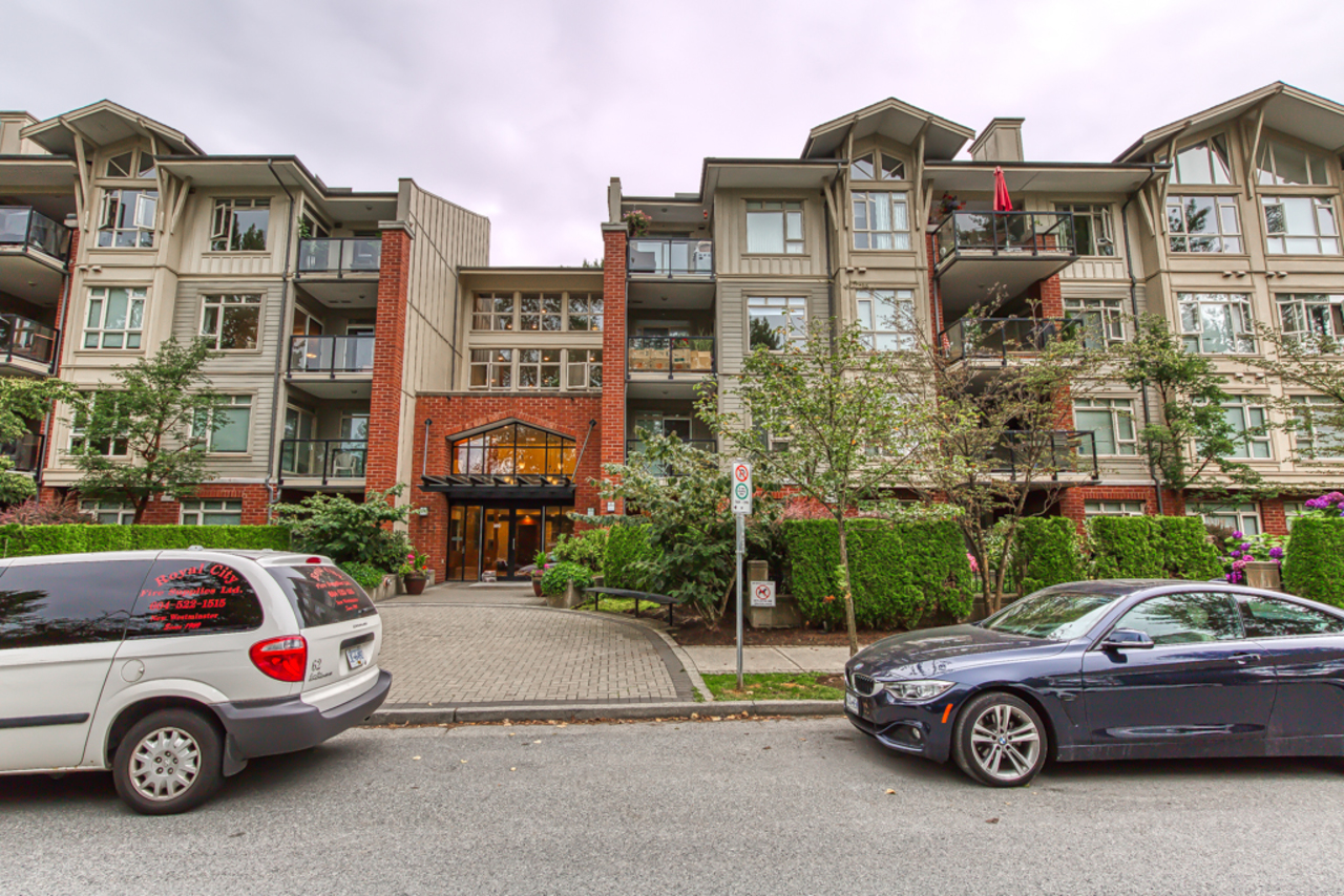mls-pic-01 at 302 - 100 Capilano Road, Port Moody Centre, Port Moody