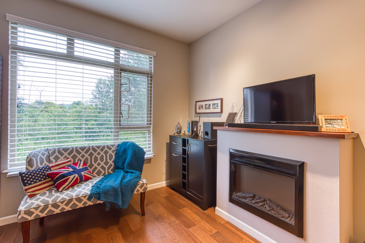 mls-pic-06 at 302 - 100 Capilano Road, Port Moody Centre, Port Moody