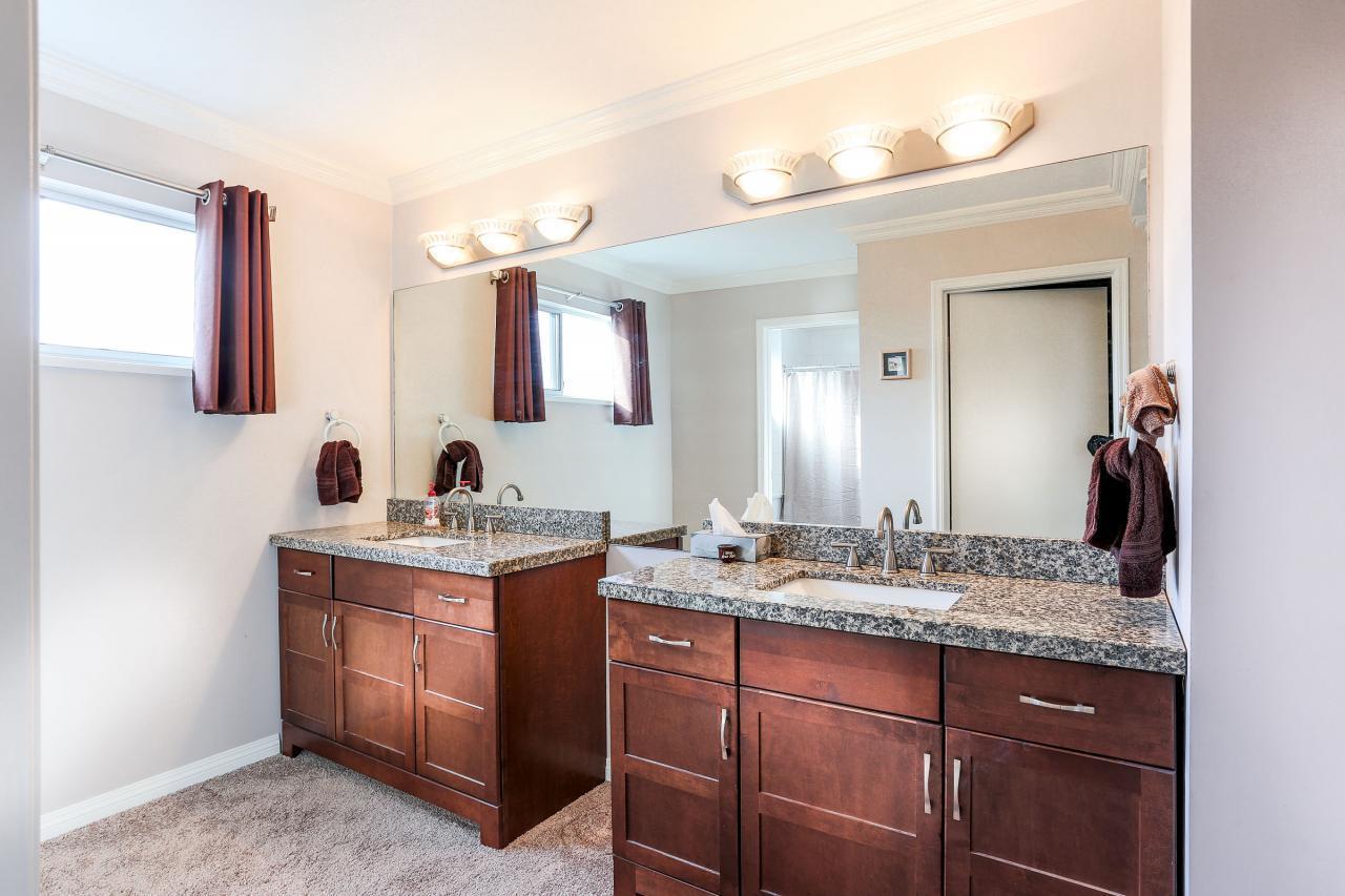 Ensuite Bathroom at 2882 Nash Drive, Scott Creek, Coquitlam