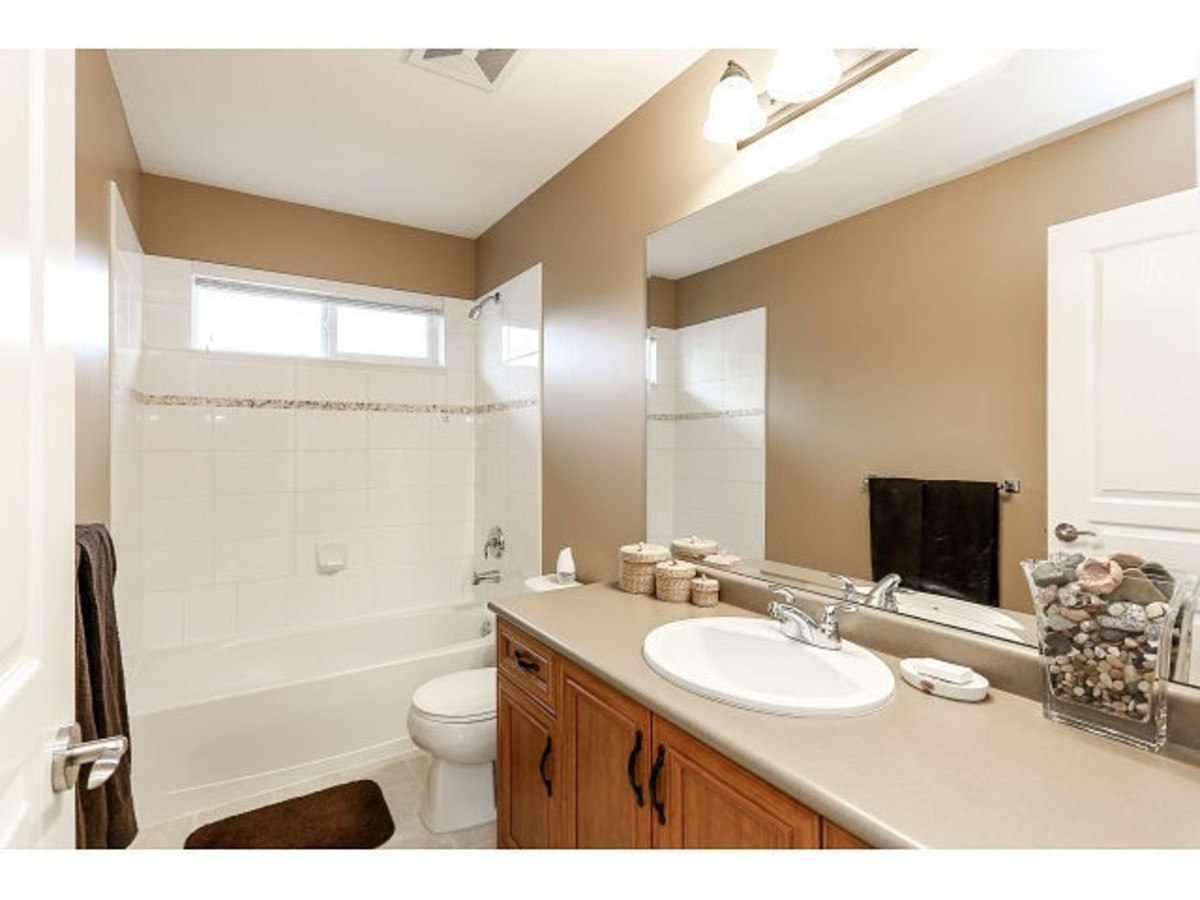 image-261764309-16.jpg at 21152 82a Ave, Willoughby Heights,