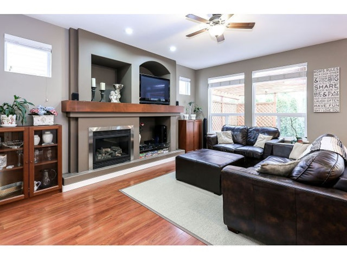 image-261764309-2.jpg at 21152 82a Ave, Willoughby Heights,