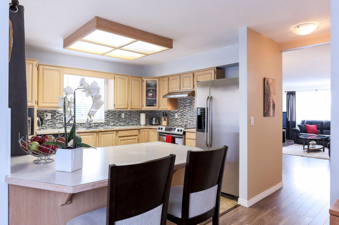 Kitchen at 8 - 1872 Harbour Street, Citadel PQ, Port Coquitlam