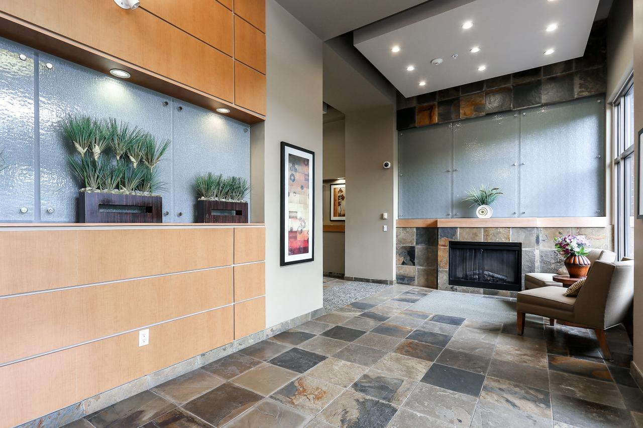 Lobby at 404 - 400 Klahanie Drive, Port Moody Centre, Port Moody
