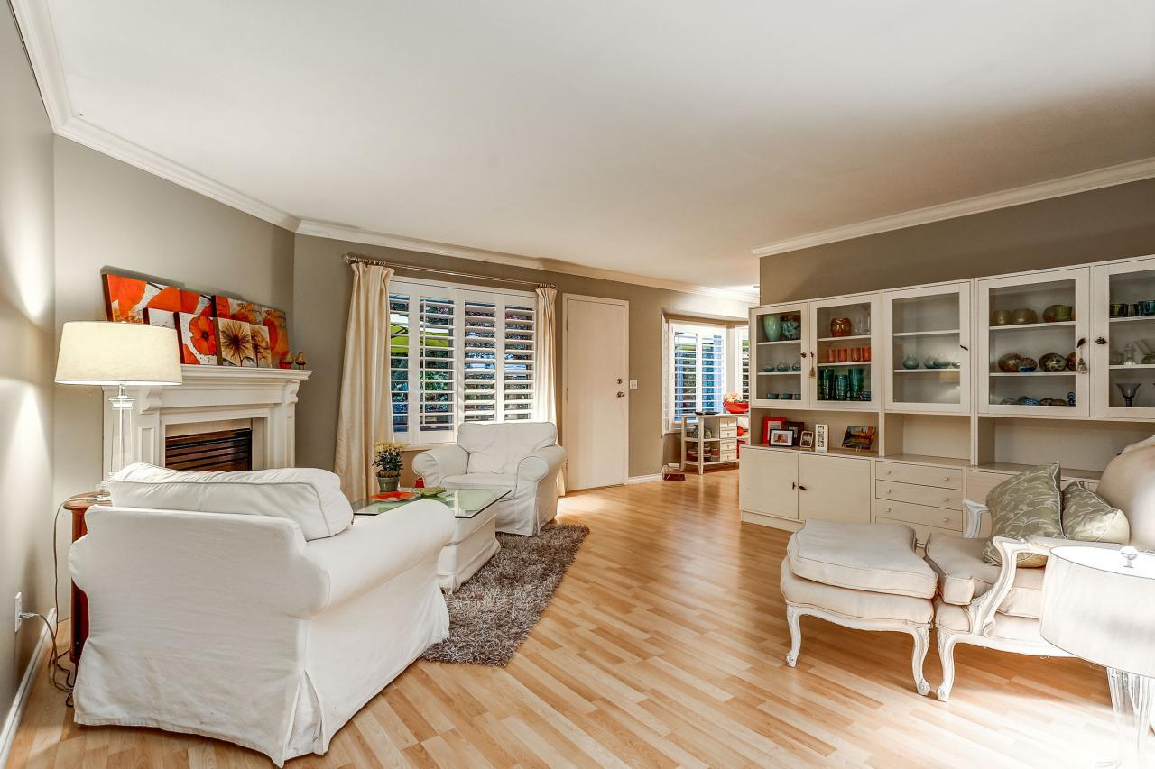 Family Room at 3429 Roxton Avenue, Coquitlam