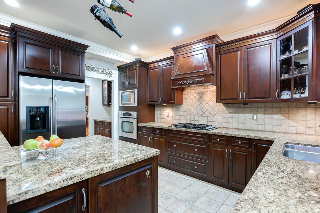 Kitchen at 1053 Ravenswood Drive, Anmore, Port Moody