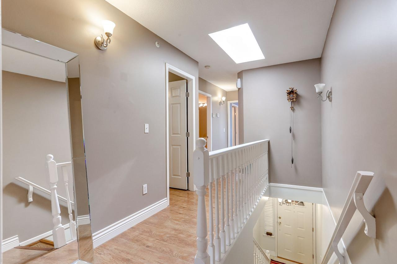 Upstairs hall at 102 - 3265 Sefton Street, Glenwood PQ, Port Coquitlam