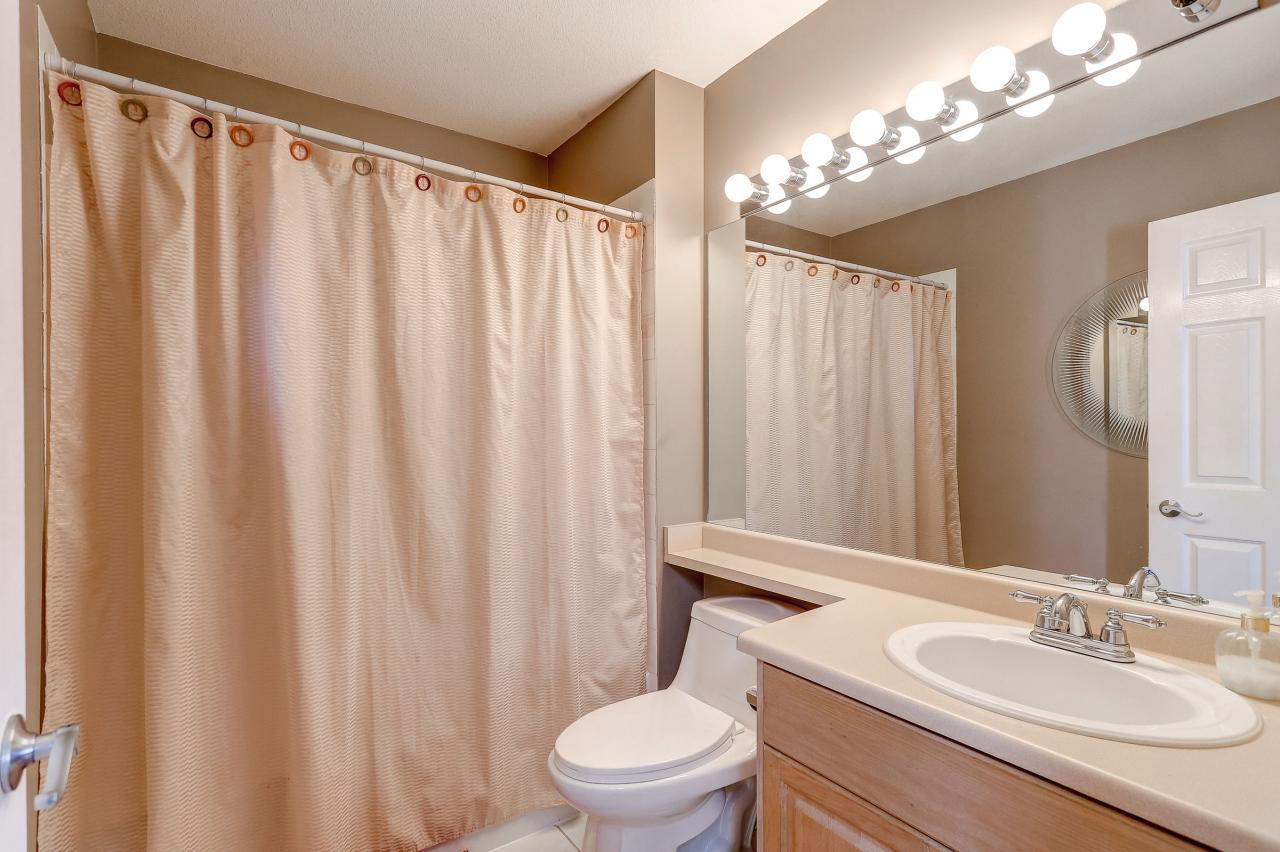 Main Bath at 102 - 3265 Sefton Street, Glenwood PQ, Port Coquitlam