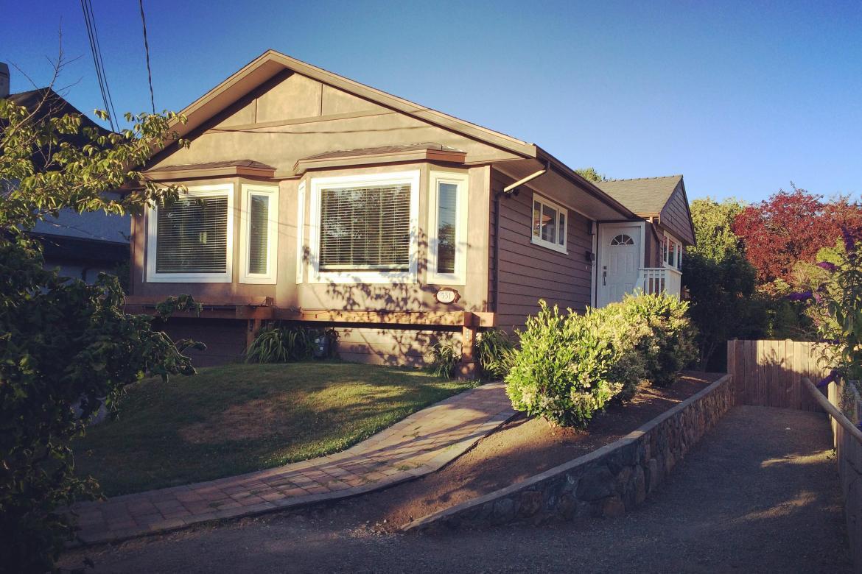 531 Oliver Street, Oak Bay, Victoria
