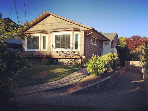 front at 531 Oliver Street, Oak Bay, Victoria