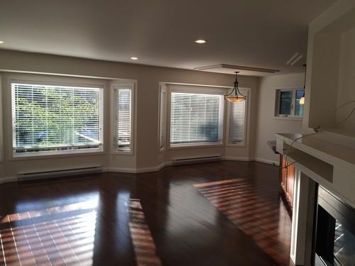 living-room at 531 Oliver Street, Oak Bay, Victoria