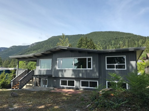 c at 685 685 Sylvan Avenue, Canyon Heights NV, North Vancouver