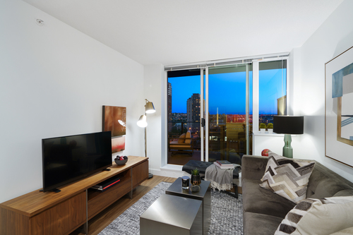 45 at 911 - 1325 Rolston Street, Yaletown, Vancouver West