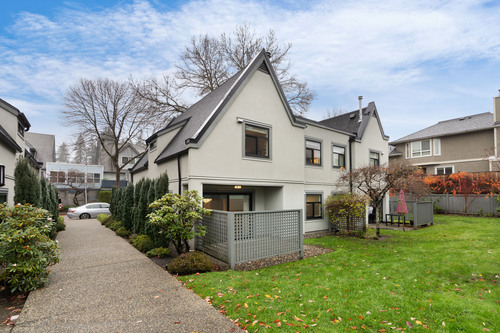 38-889-tobruck-ave_amin-s-8994 at 38 - 889 Tobruck Avenue, Mosquito Creek, North Vancouver