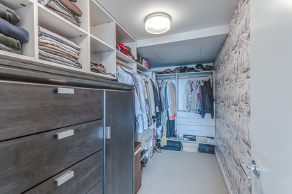 Walk In Closet at 401 - 221 East 3rd Street, Lower Lonsdale, North Vancouver