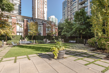 Out door green space at 904 - 928 Homer Street, Yaletown, Vancouver West