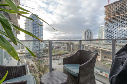 Balcony at 806 - 550 Pacific Street, Yaletown, Vancouver West
