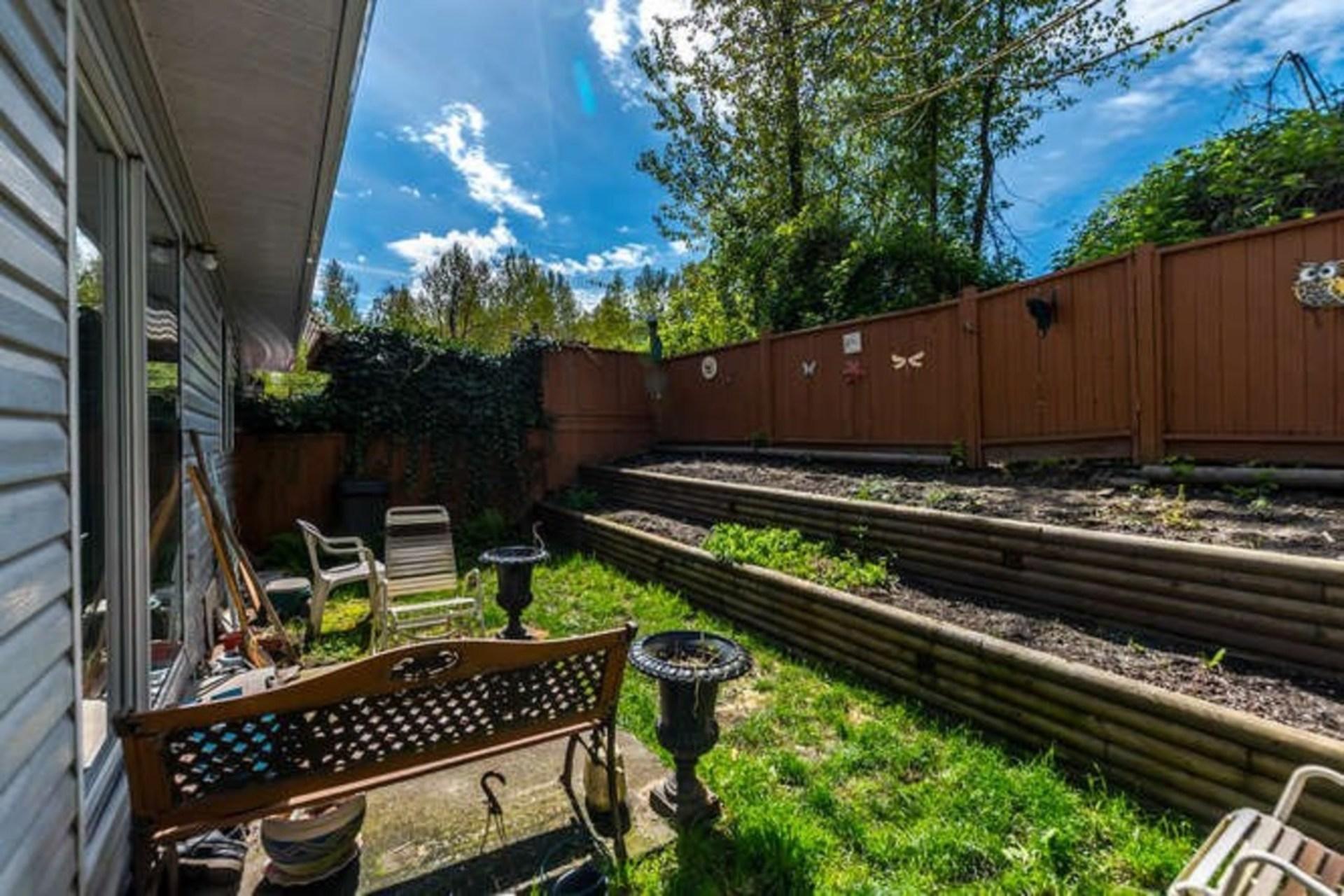 11255-harrison-street-east-central-maple-ridge-05 at 110 - 11255 Harrison Street, East Central, Maple Ridge