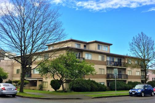 8715 Osler Street, Marpole, Vancouver West photo number 2