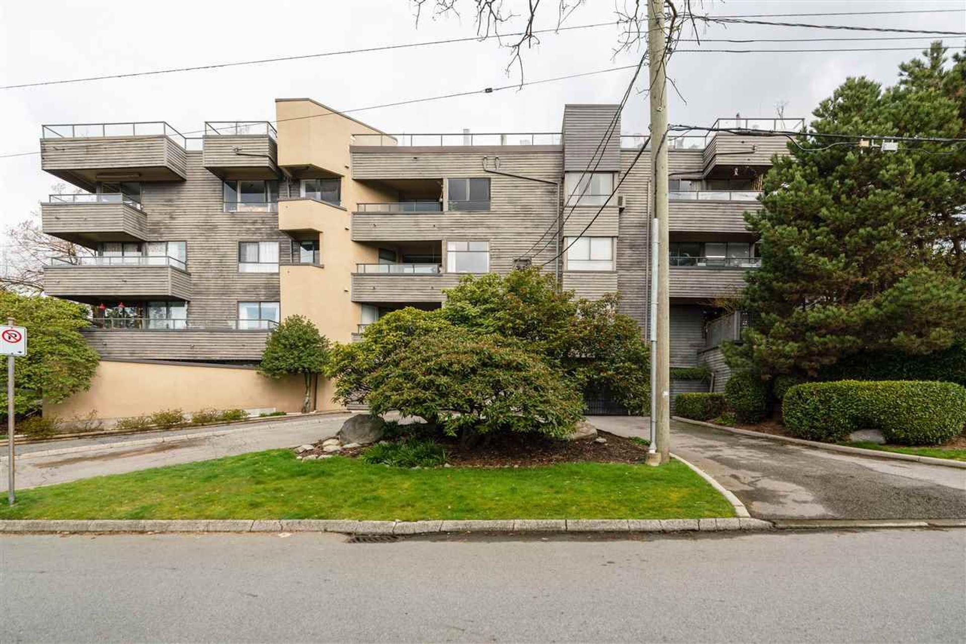 404 - 114 E Windsor Road, Upper Lonsdale, North Vancouver