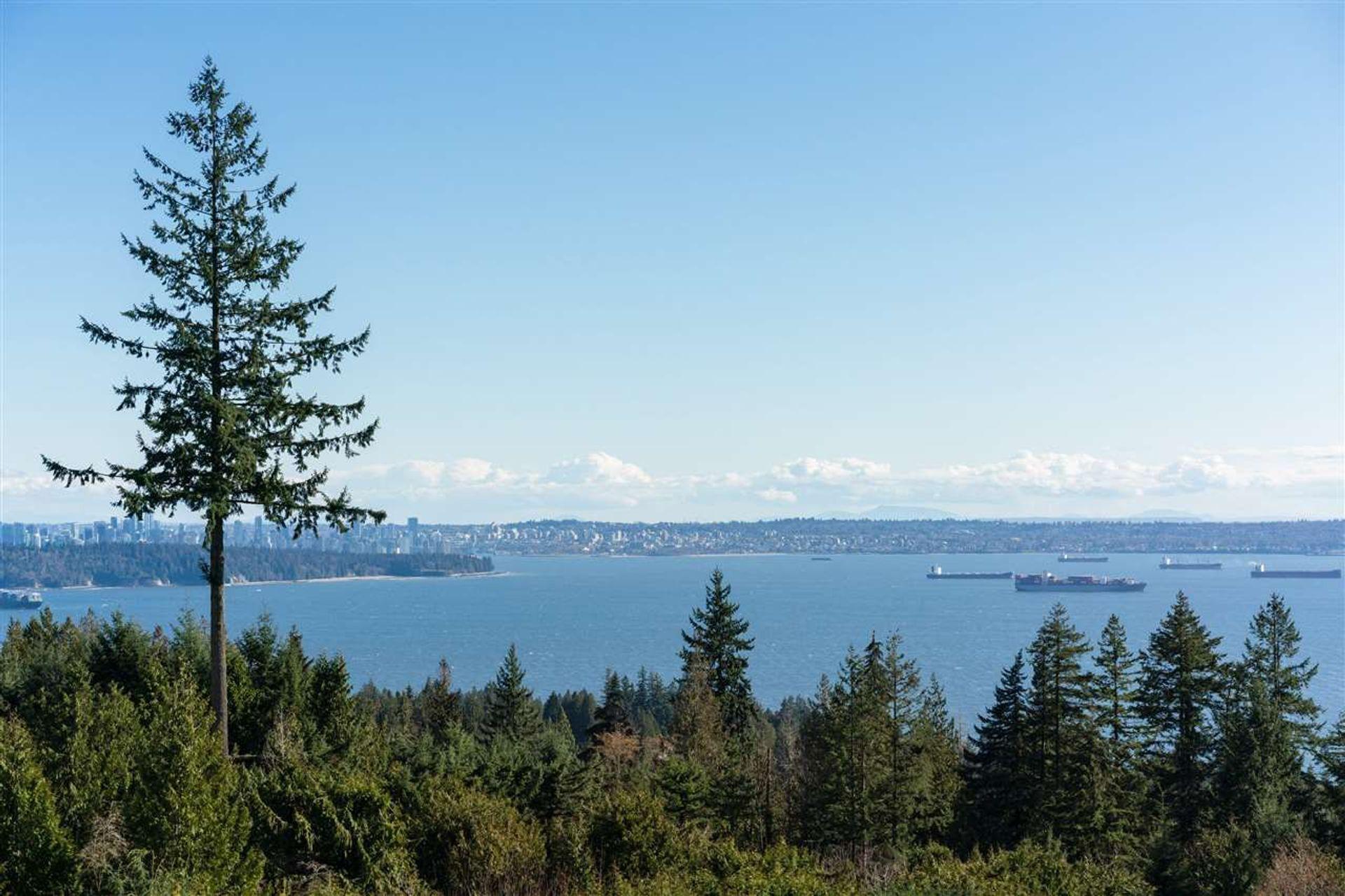 3131-deer-ridge-drive-deer-ridge-wv-west-vancouver-02 at 603 - 3131 Deer Ridge Drive, Deer Ridge WV, West Vancouver