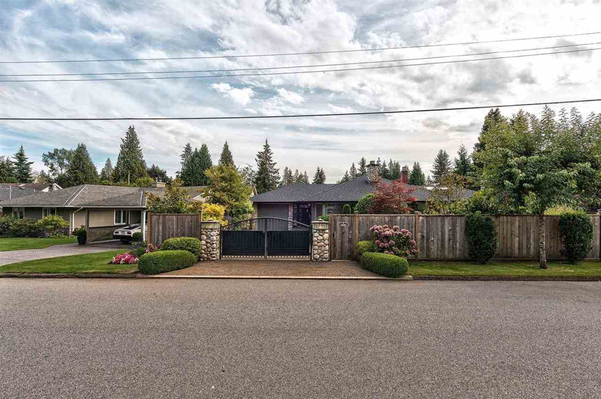 2.jpg at 1267 Greenbriar Way, Edgemont, North Vancouver