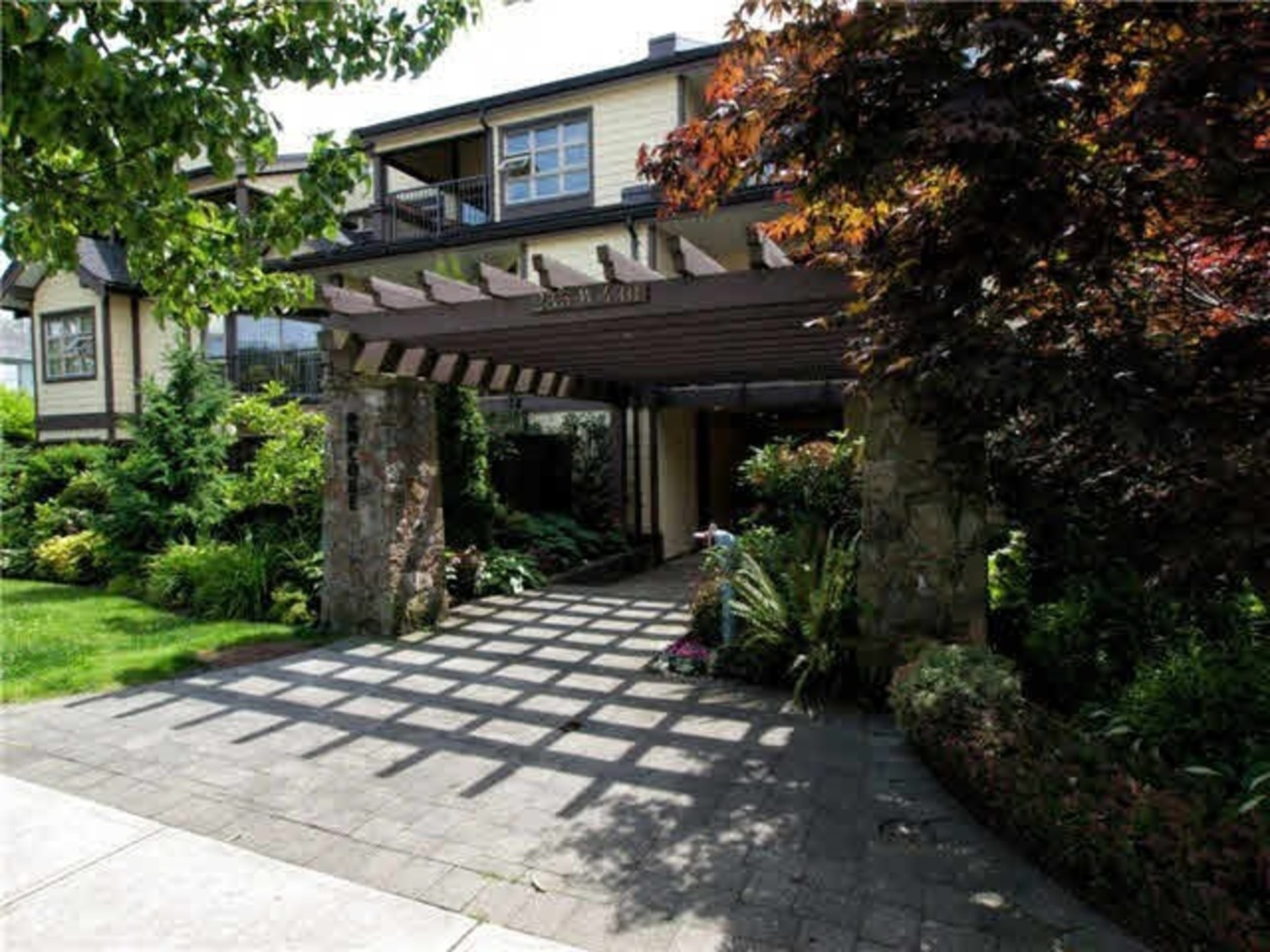 109 - 235 W 4th Street, Lower Lonsdale, North Vancouver