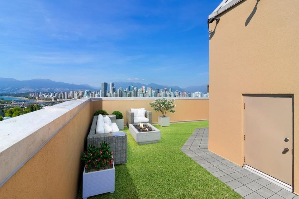 1235-w-broadway-street-fairview-vw-vancouver-west-02 at