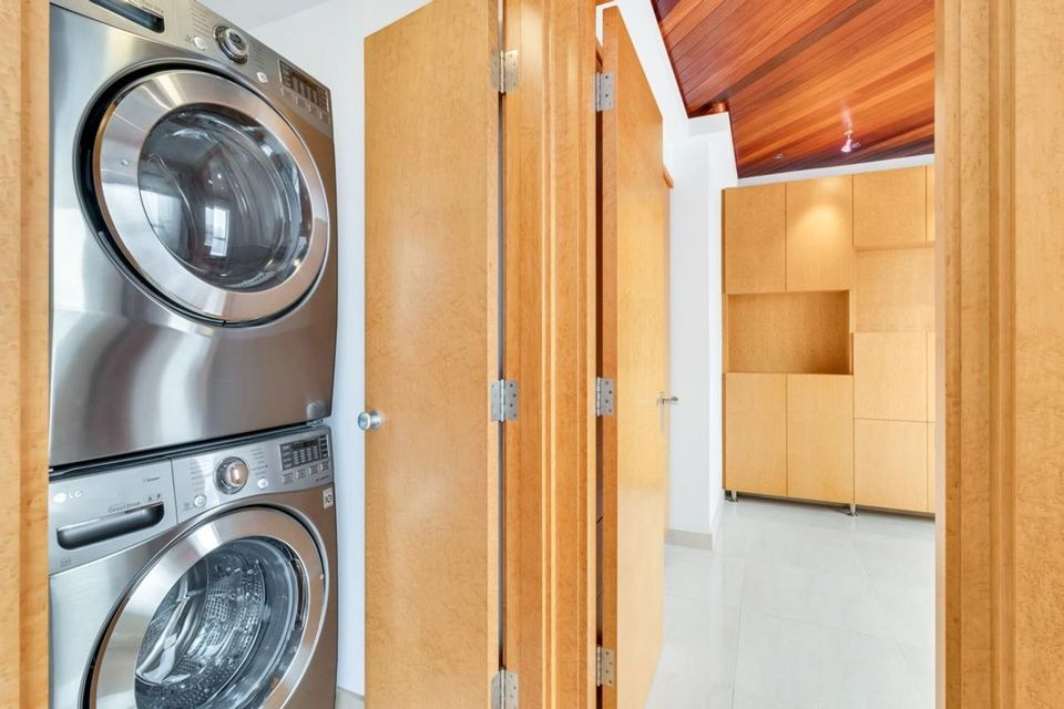1235-w-broadway-street-fairview-vw-vancouver-west-09 at