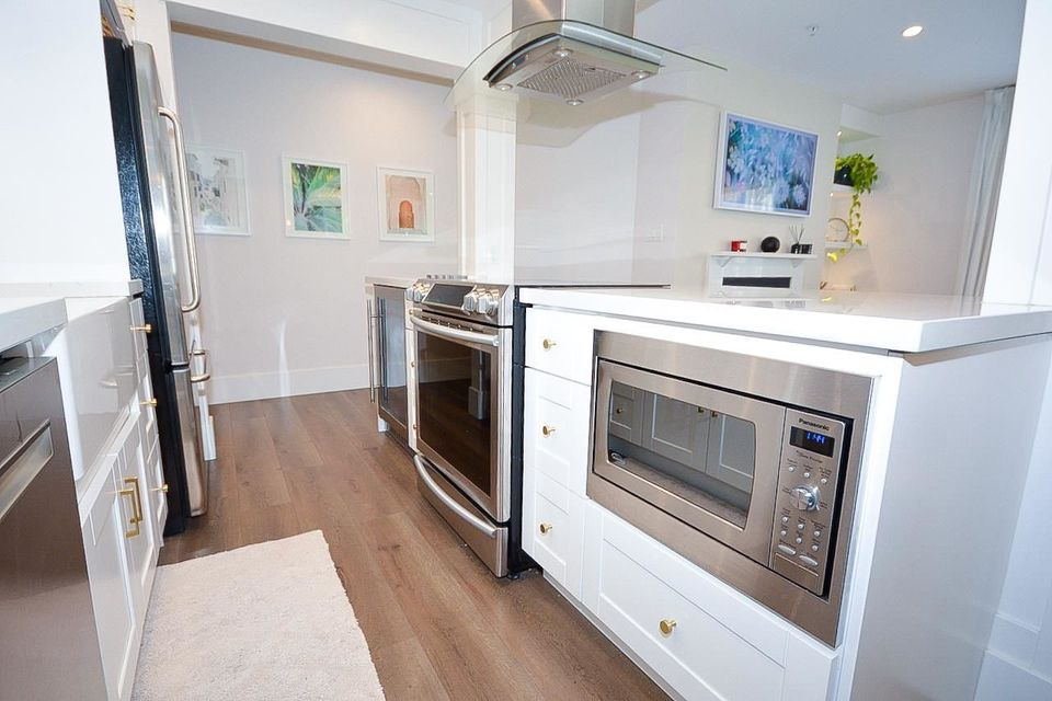 910-w-8th-avenue-fairview-vw-vancouver-west-11 at