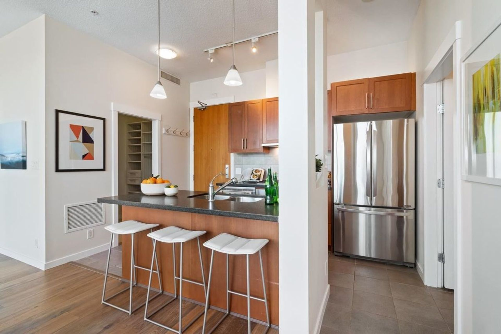 1189-melville-street-coal-harbour-vancouver-west-06 at