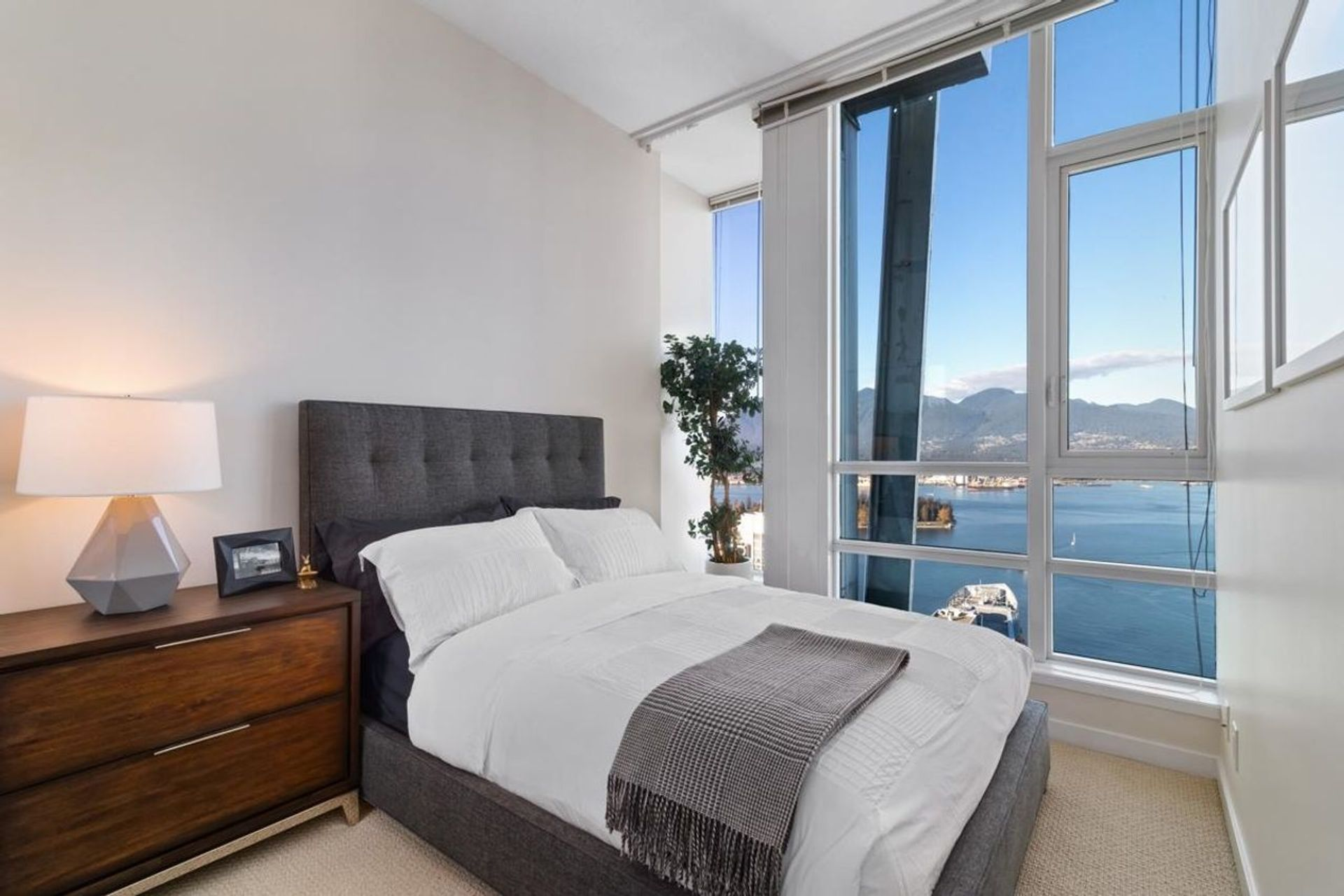 1189-melville-street-coal-harbour-vancouver-west-21 at