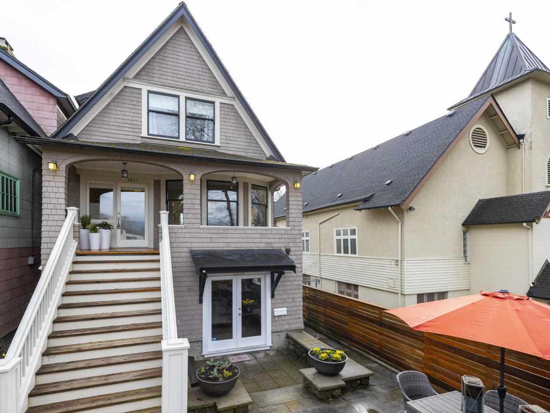 1836-e-7th-avenue-grandview-woodland-vancouver-east-01