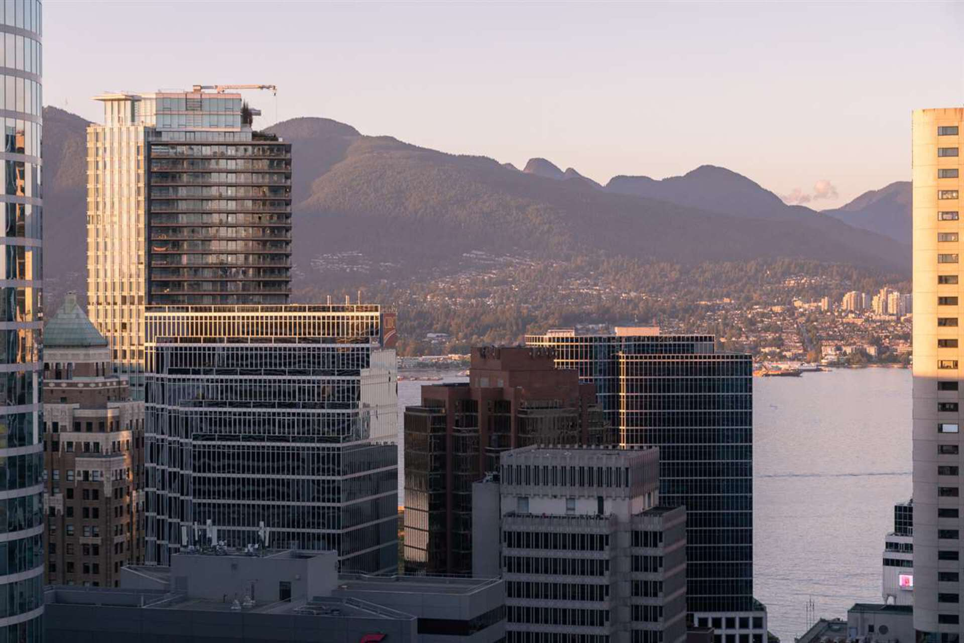 667-howe-street-downtown-vw-vancouver-west-30