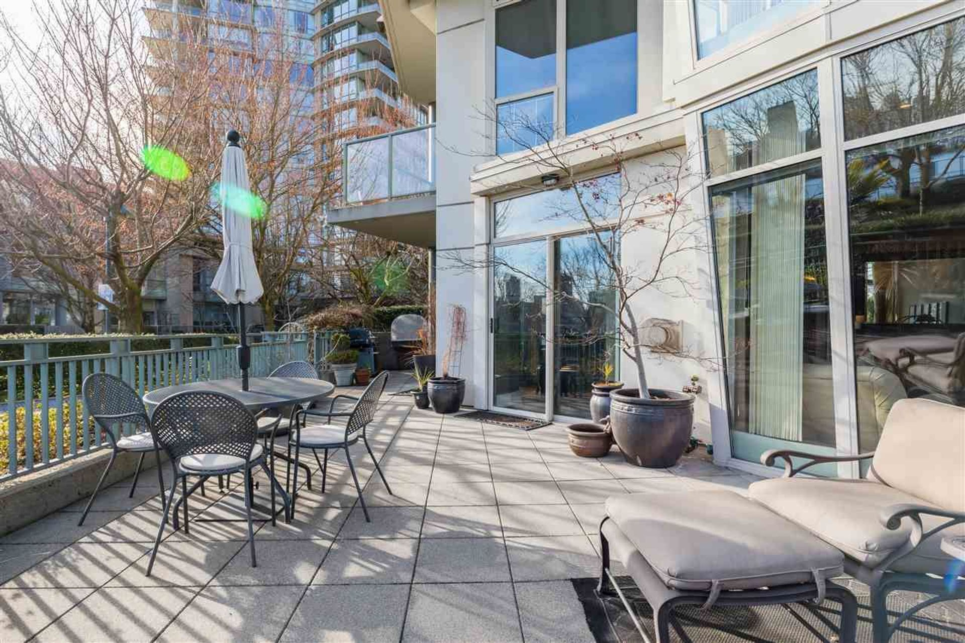 1288-marinaside-crescent-yaletown-vancouver-west-03