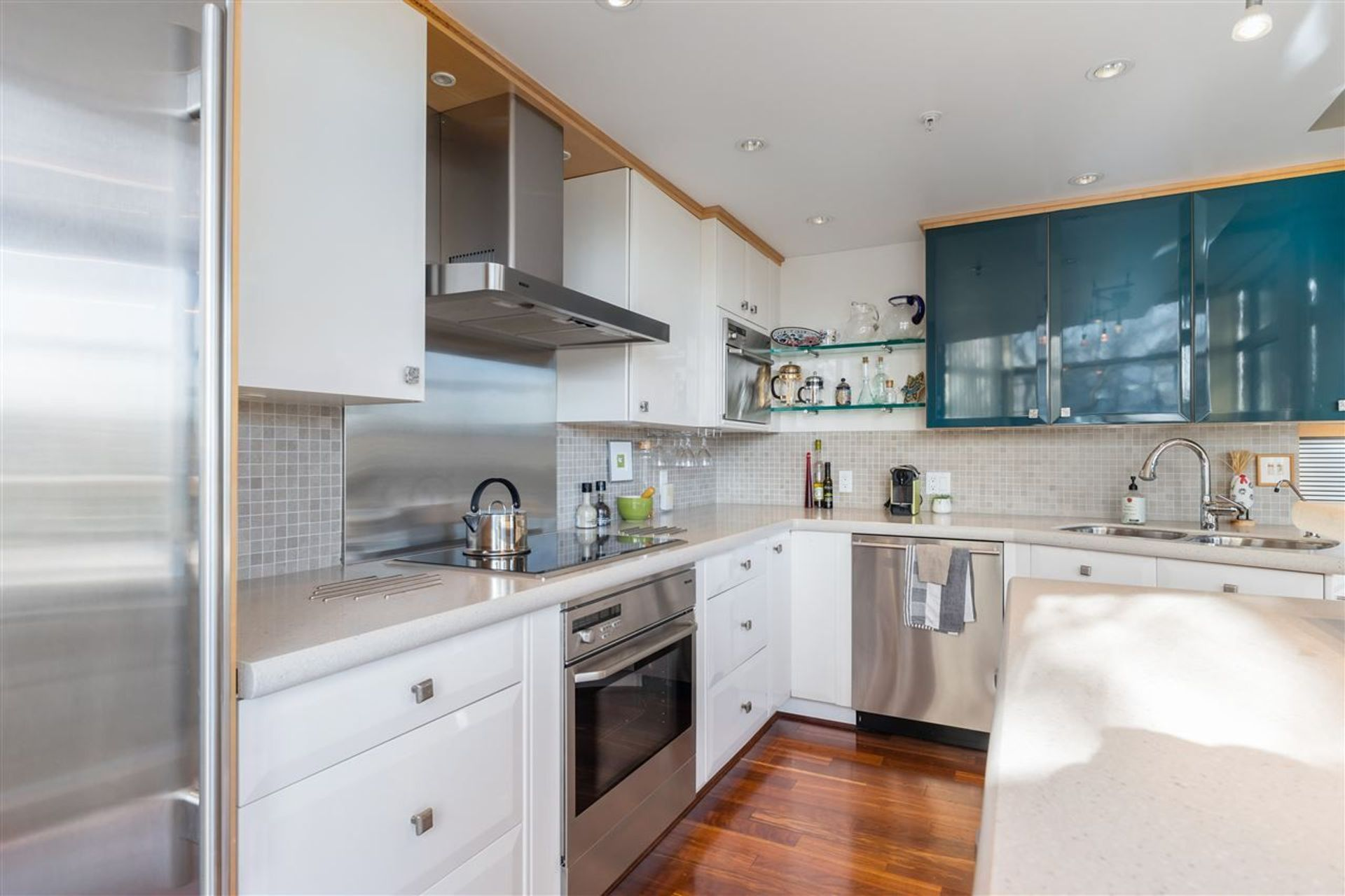 1288-marinaside-crescent-yaletown-vancouver-west-14